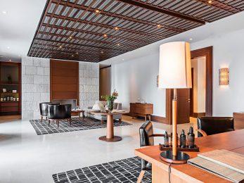 Luxury Hotel Waiting Room